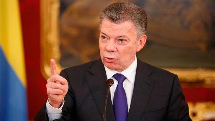 El Presidente colombiano suspende los diálogos con ELN por los atentados contra policías