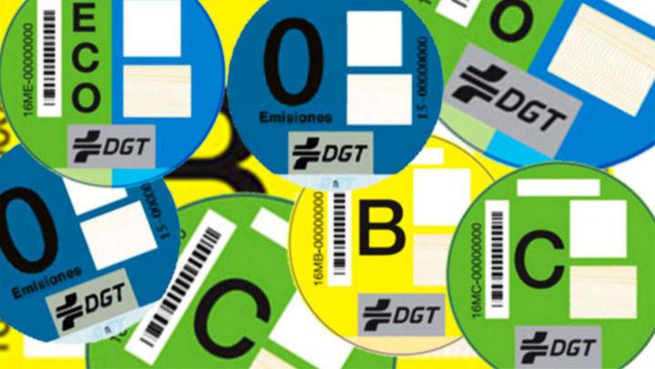 Correos vende más de 380.000 etiquetas medioambientales en Madrid