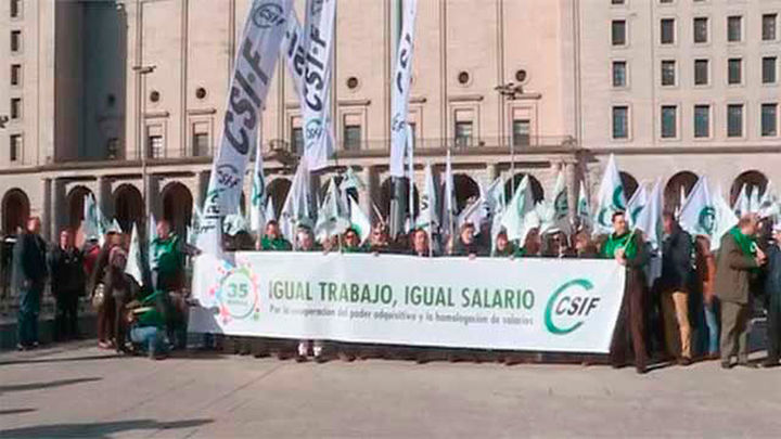 Concentraciones de funcionarios en toda España por la subida salarial