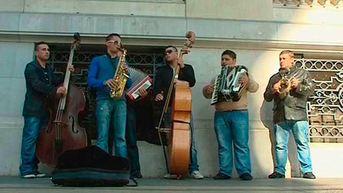 Los músicos callejeros sólo podran tocar en tres zonas del Centro