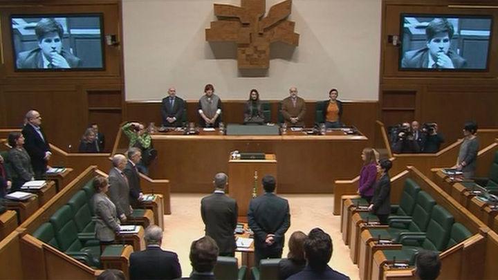 El Parlamento Vasco recuerda a Gregorio Ordóñez, asesinado por ETA en 1995