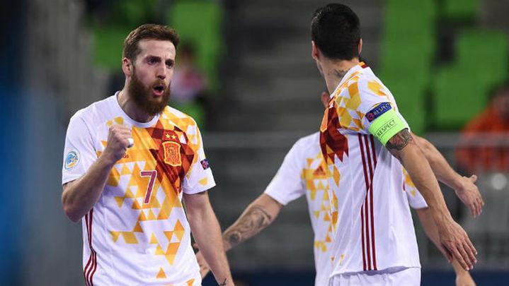 0-1. España sufre ante Azerbaiyán y se cita con Ucrania