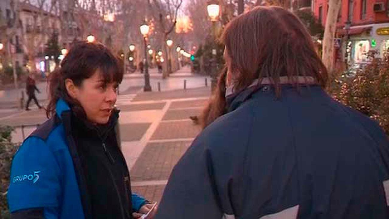 """El Samur Social trabaja en la calle con los """"sin techo"""""""