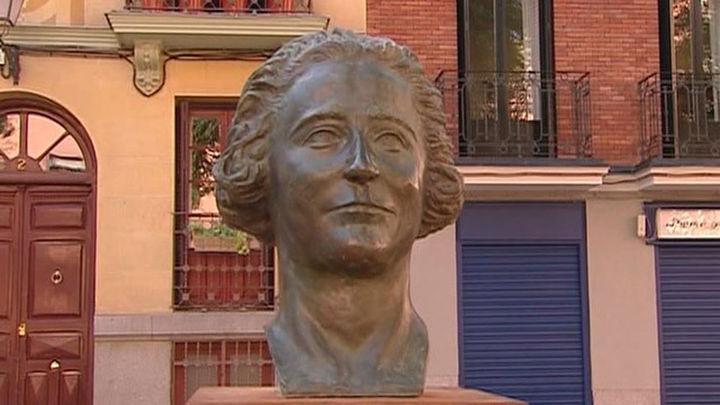 Madrid homenajea a Clara Campoamor