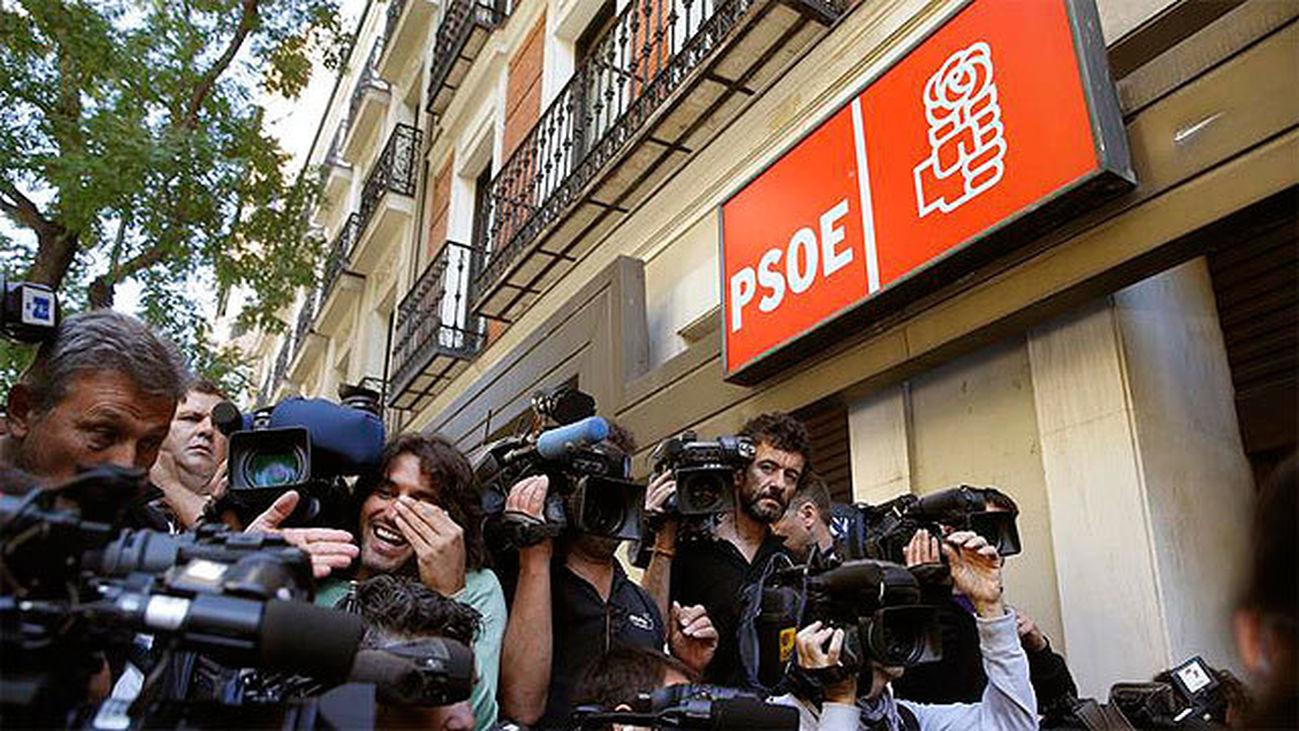 El PSOE de Sánchez reformará este sábado sus estatutos sin oposición de los barones