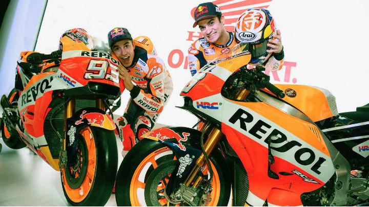 Márquez y Pedrosa visten de gala en Yakarta al equipo Honda
