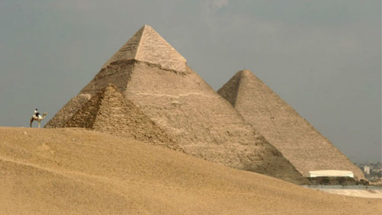 Científicos encuentran un explicación al misterio  de la alineación de las Pirámides de Giza