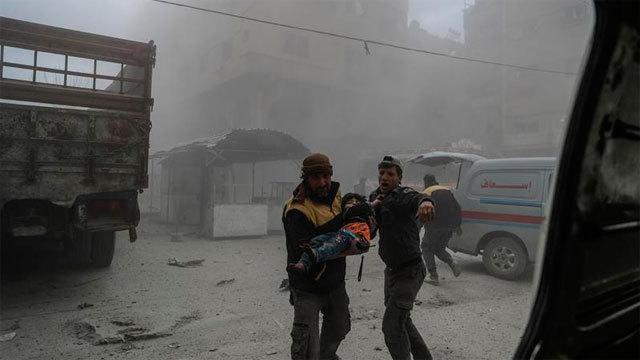 Víctima de los ataques contra Guta Oriental en Siria