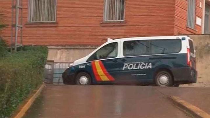 Muere un preso por un disparo en el tórax tras fugarse de la prisión de Cáceres