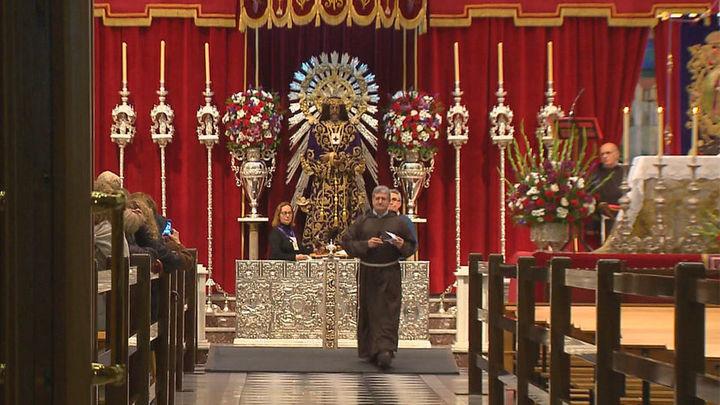 Jesús de Medinaceli abre sus puertas entre el fervor popular