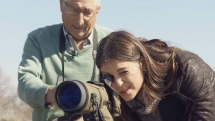 Paracuellos acompaña a sus mayores con 'Adopta a un abuelo'
