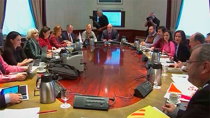 Desconvocada la reunión del Pacto Educativo tras el ultimátum del PSOE