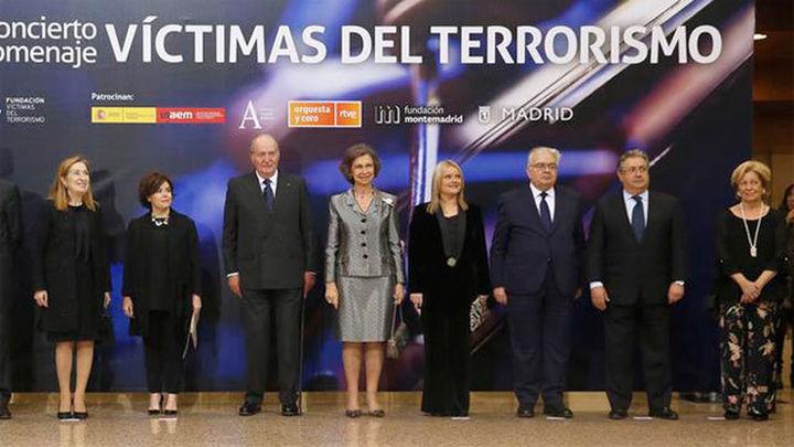 """Víctimas del terrorismo agradecen al Rey Juan Carlos su """"incondicional apoyo"""""""