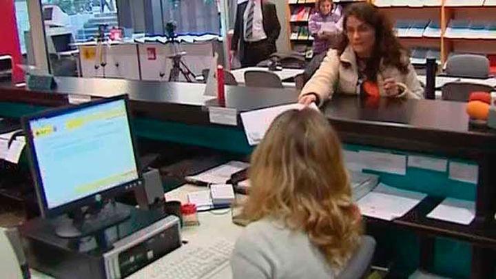 Hacienda y sindicatos de funcionarios firman este viernes un acuerdo con mejoras salariales y de jornada