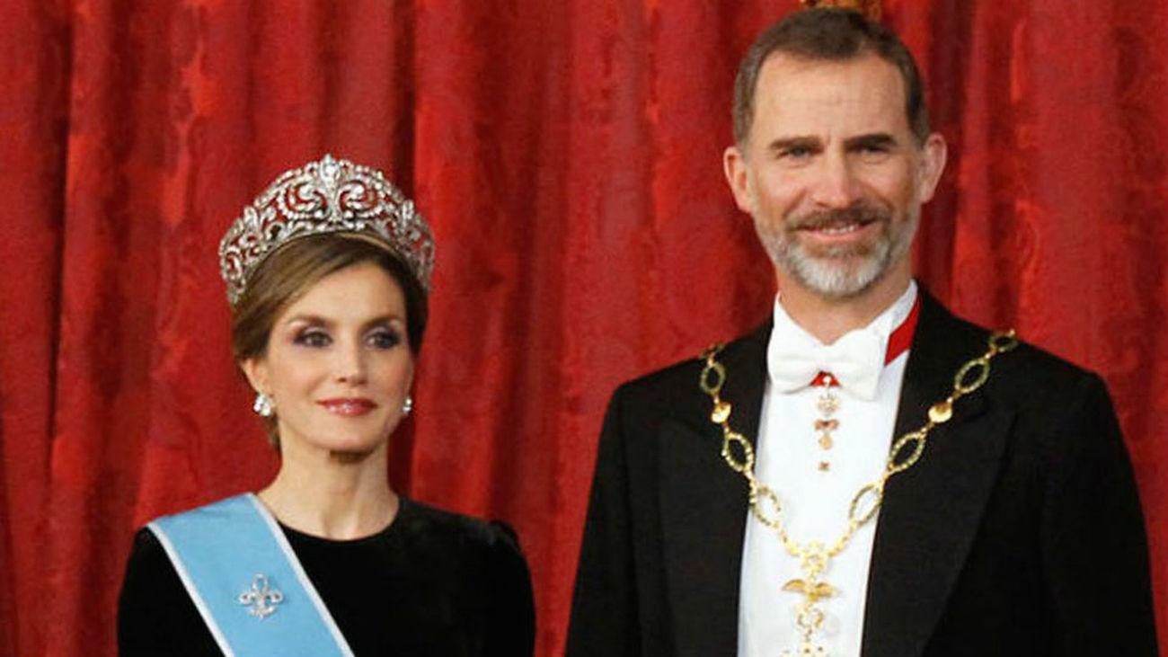 Estrasburgo condena a España por imponer cárcel por quemar la foto de los Reyes