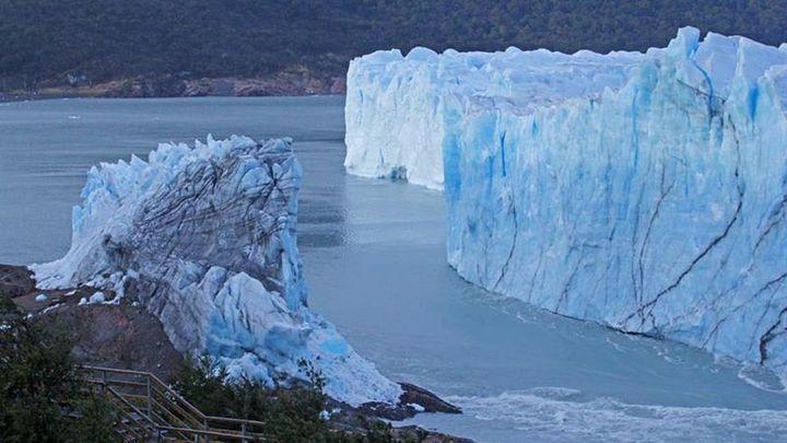 El Perito Moreno se derrumba sin público