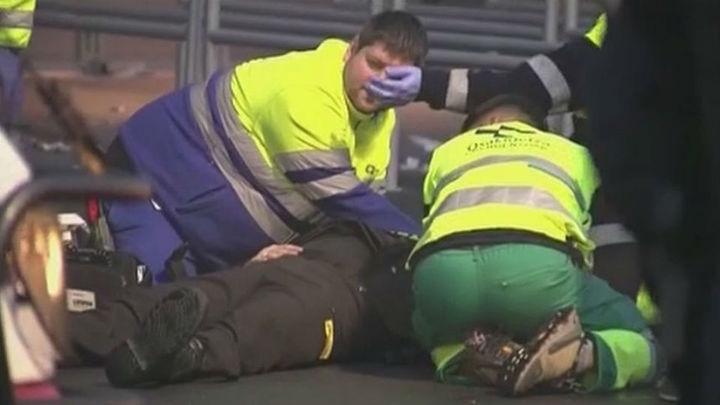 Los cuatro detenidos en incidentes de Bilbao permanecen en comisaría