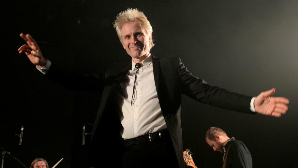 El cantante y guitarrista de la banda escocesa Franz Ferdinand, Alex Kapranos