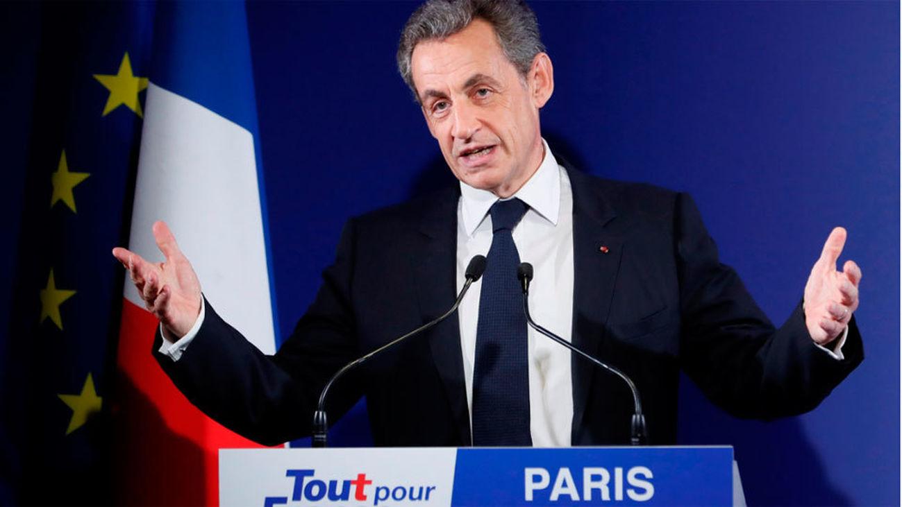 Arrestan a Sarkozy y declara sobre la financiación de su campaña en 2007