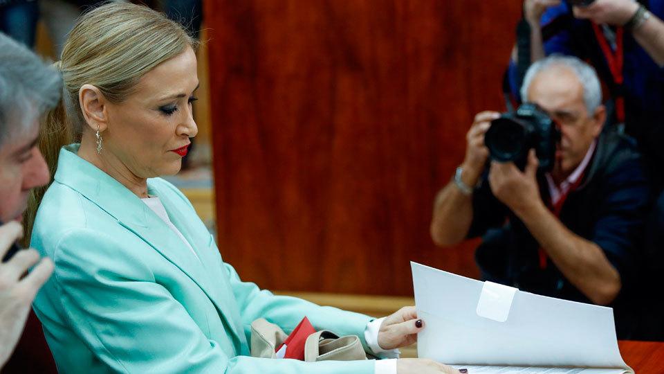 Cifuentes durante su intervención en la Asamblea de Madrid