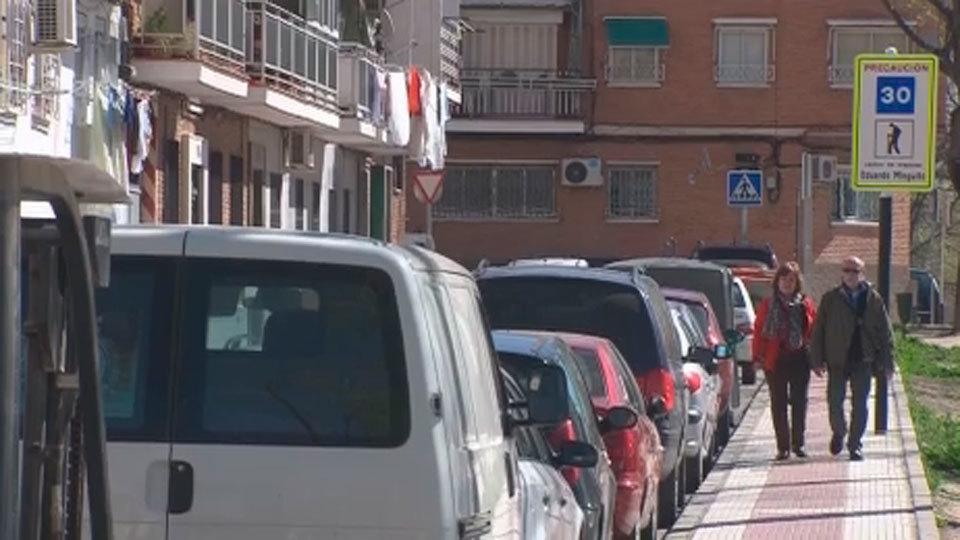 Vecinos de Villaverde pasan siete horas sin luz por una avería