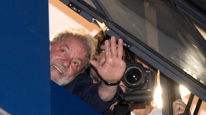 Lula se atrinchera en su sindicato para evitar su encarcelamiento