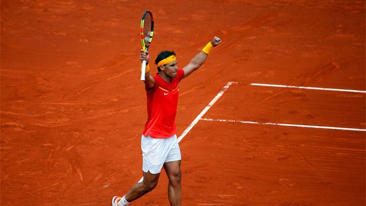 Copa Davis: Exhibición de Nadal para empatar la eliminatoria (2-2)