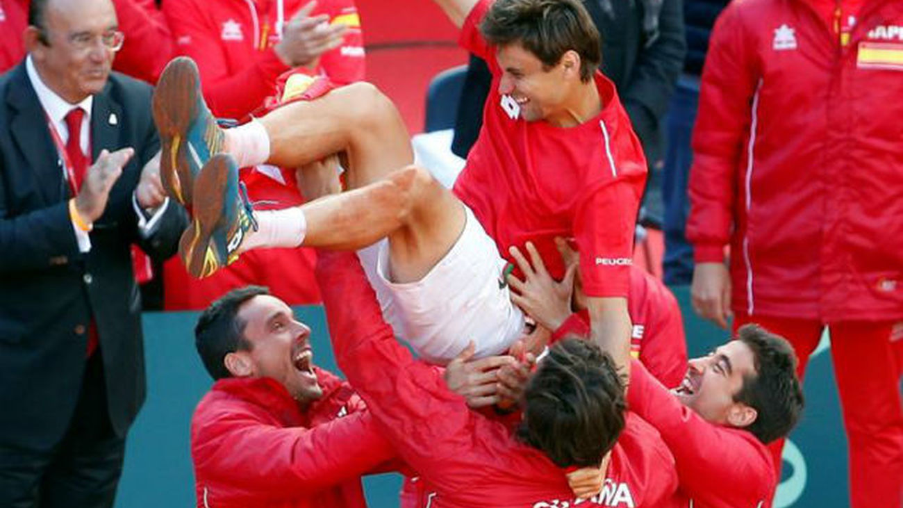 Copa Davis: Ferrer lleva España a las semifinales (3-2)