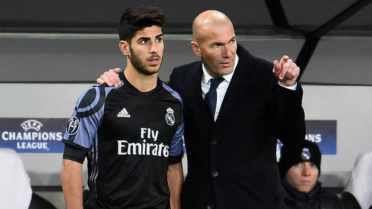 Marco Asensio y Zinedine Zidane