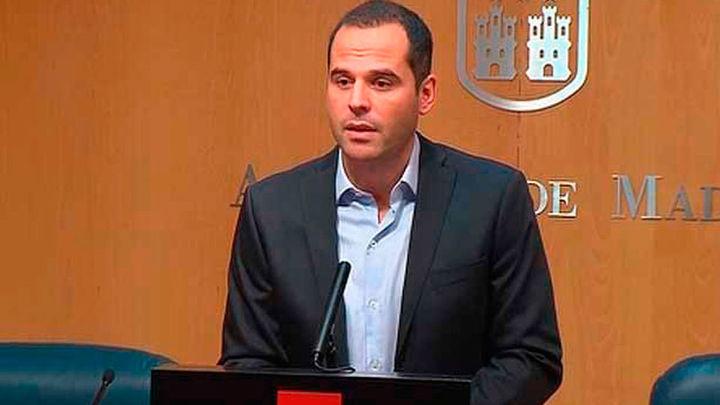 """Aguado pide a Cifuentes que """"dimita hoy mejor que mañana"""" y que no lo demore"""