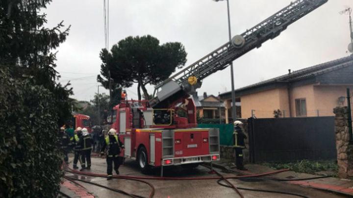 Un incendio destruye por completo un chalé en Colmenajero sin víctimas