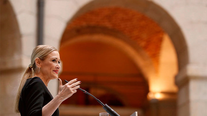 La profesora López de los Mozos dice que Cifuentes no presentó ni defendió su trabajo de fin de máster