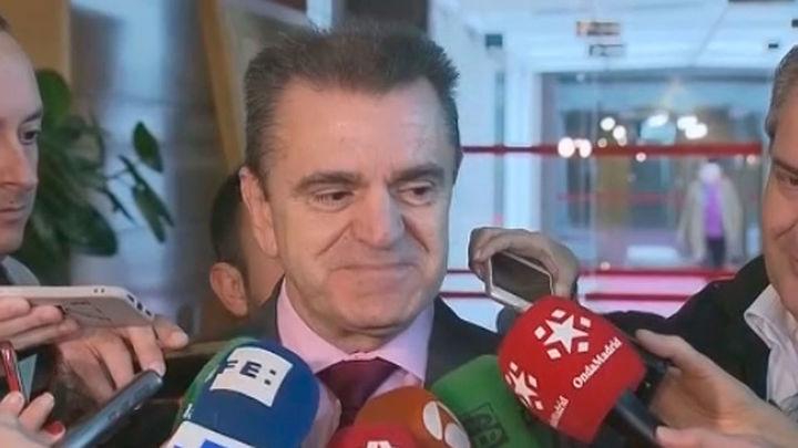 """Franco admite """"una irregularidad"""" porque no es licenciado en Matemáticas pero sí fue profesor"""