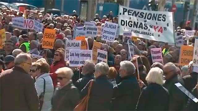 Los pensionistas reclaman en la calle