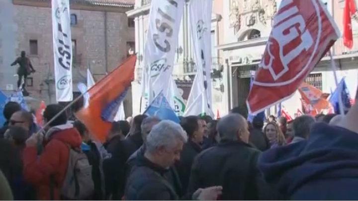 Los policías municipales de Madrid exigen una negociación justa de su convenio