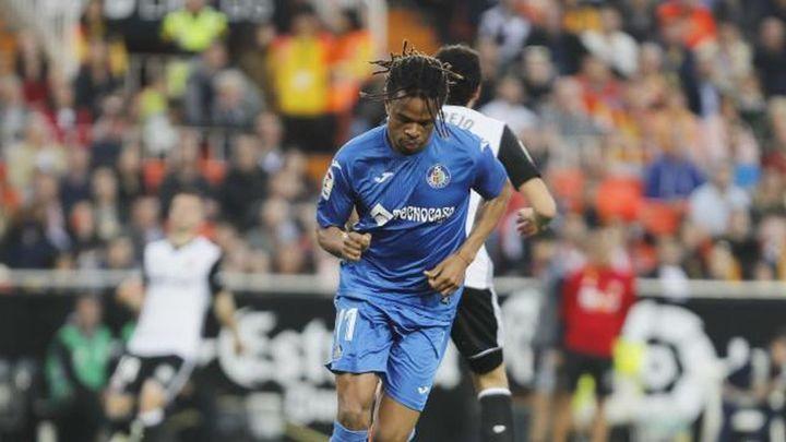 1-2. Un buen Getafe se lleva la victoria de Valencia