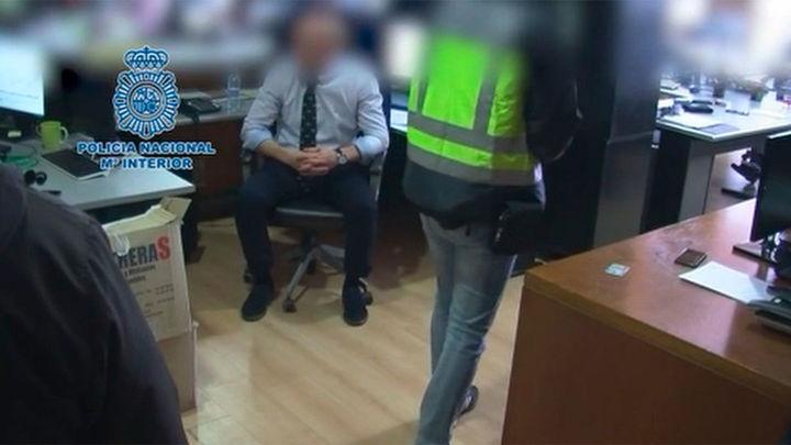 80 detenidos en las Tablas por la venta irregular de productos financieros especulativos