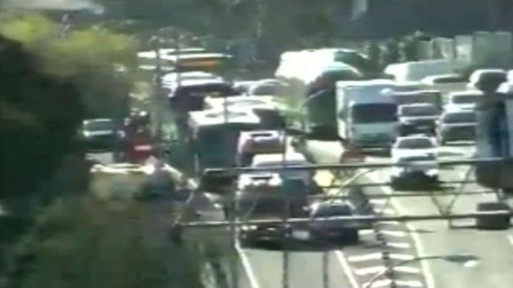 Un choque entre dos autobuses en la A-6  deja 19 atendidos, 4 de ellos con ingreso hospitalario