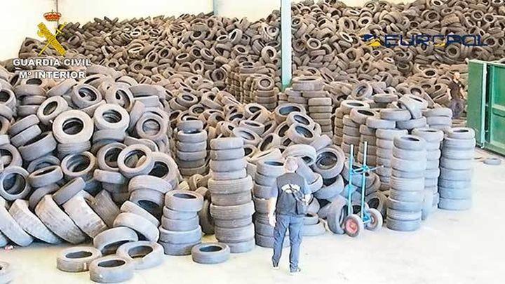 Desmantelada una  banda que vendía ilegalmente neumáticos usados a países de tercer mundo
