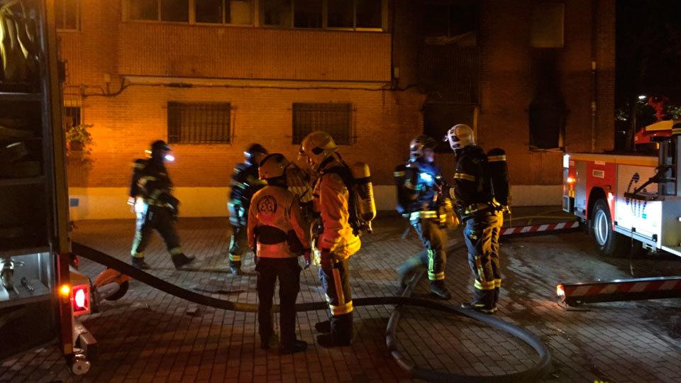 Incendio en una vivienda en San Blas