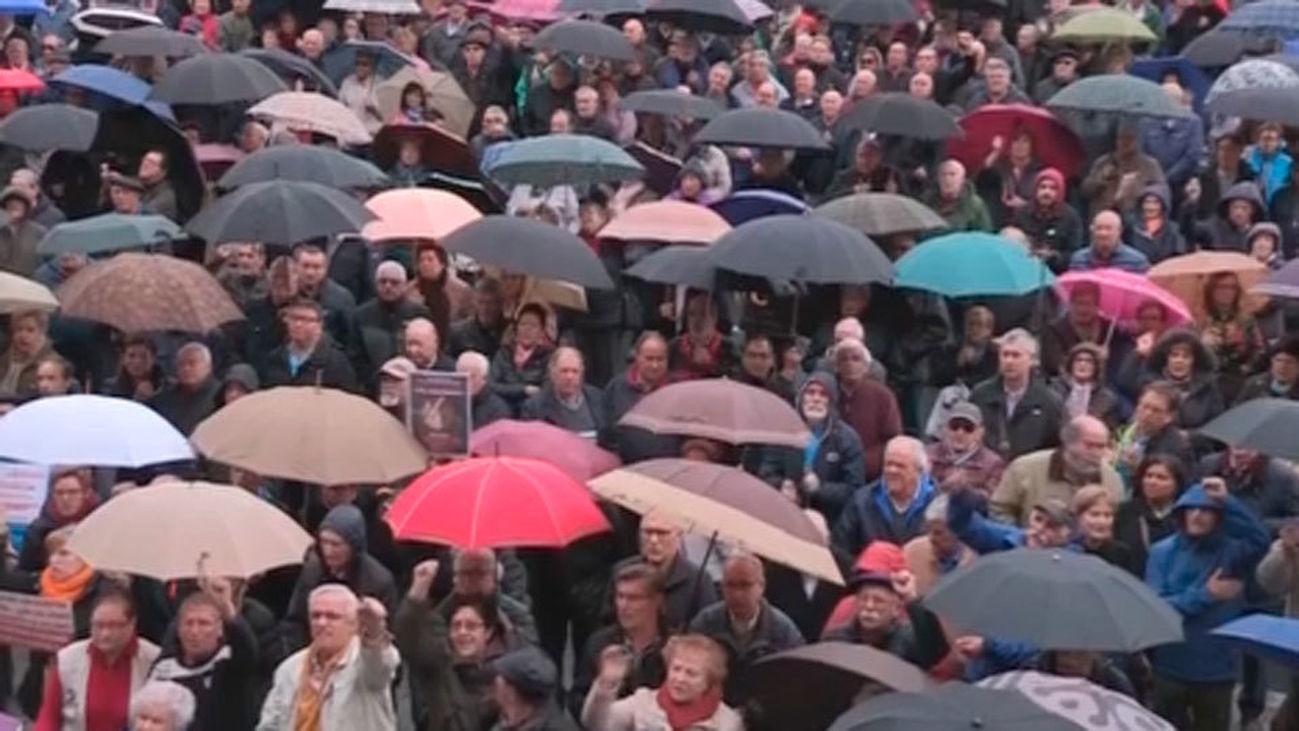 Los jubilados de Bilbao piden unas pensiones dignas de al menos 1.080 euros