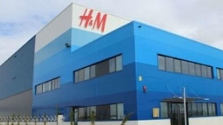 Otra jornada de huelga de los trabajadores de H&M del centro logístico de Torrejón