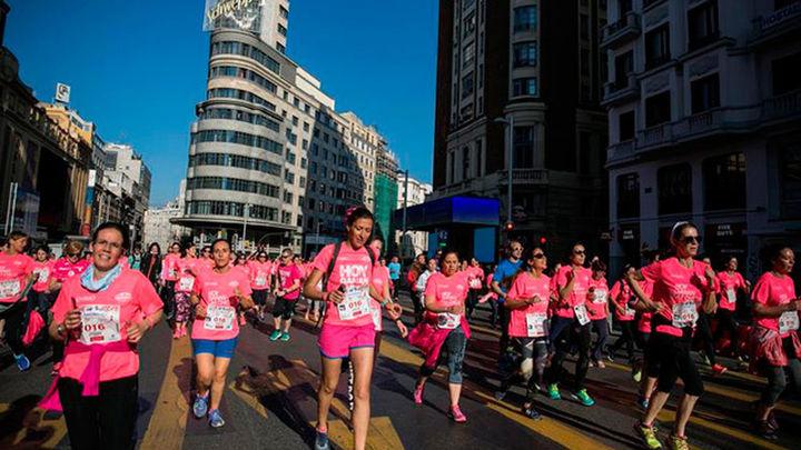 35.000 mujeres tiñen de rosa las calles de Madrid contra la violencia machista