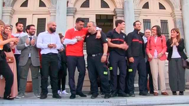 Los tres bomberos sevillanos de la ONG Proem-Aid