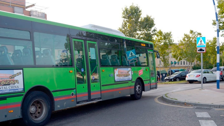 El Bercial cuenta con dos nuevas paradas de autobús de las líneas L3 y 446