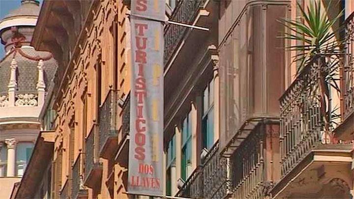 Miles de pisos turísticos podrían ser ilegalizados en el centro de Madrid