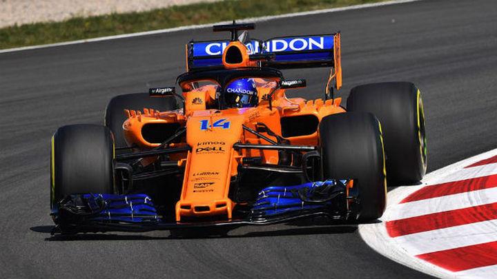 GP España: Alonso, 10º, y Sainz, 17º, en los libres