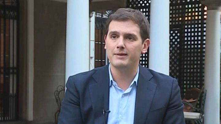 Rivera pide a Rajoy que rectifique y se siente con Cs para extender el 155 en Cataluña