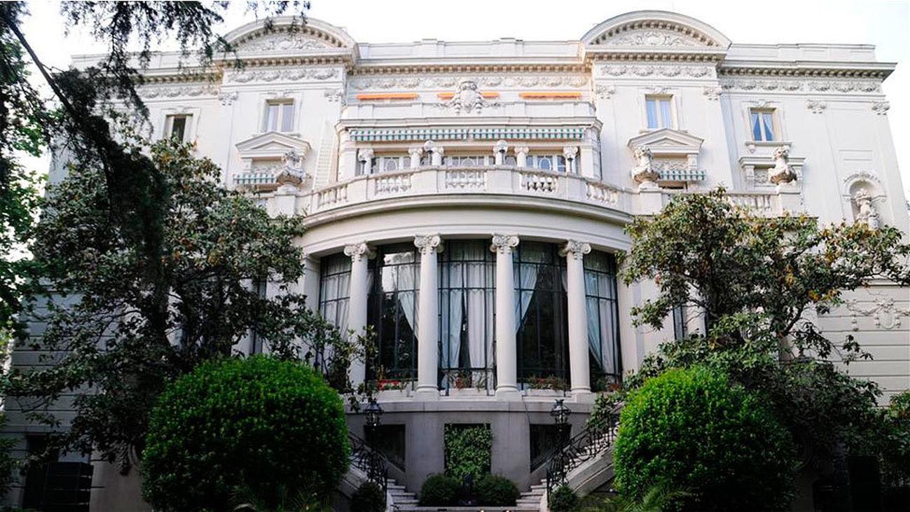 Una embajada que es un palacio
