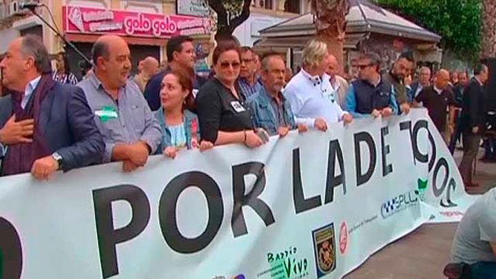 Miles de personas se manifiestan contra la violencia en el Campo de Gibraltar